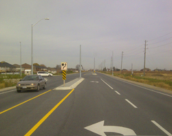 The four-lane East Side Arterial Road running alongside Leamington