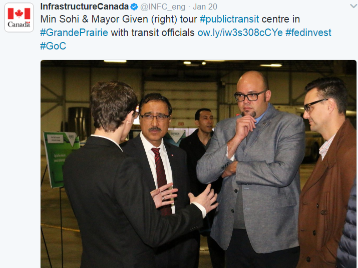 Image 4: Minister Sohi meeting with transit officials in Grande Prairie, January 2016.